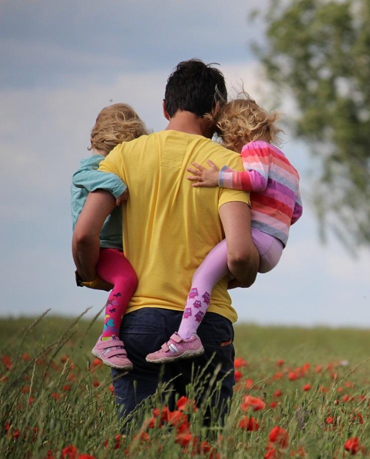 Articol DEPRETER - Psihoterapia online - o alternativă eficientă pentru părinți